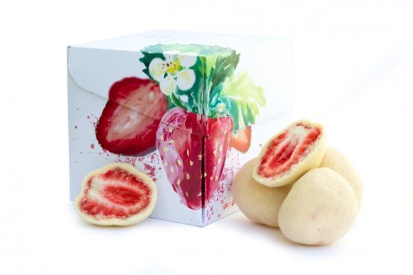Erdbeeren - gefriergetrocknet in weißer Schokolade (110g) steiner&kovarik
