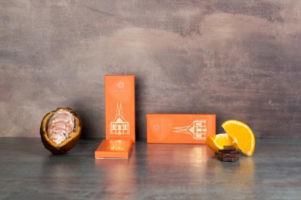 Tafel Zartbitterschokolade mit kandierter Orangenschale (50g)